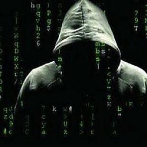 中小站长如何防范黑客攻击,避免网站遭受损失?